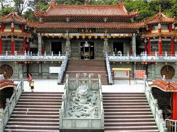 寺庙雕刻品