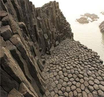 玄武岩矿山
