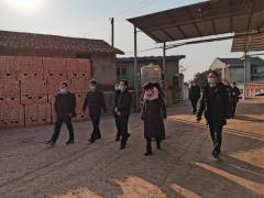 四川省自然资源厅赴遂宁市核查露天矿山综合整治工作