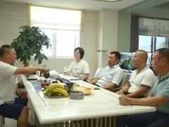 王清安带队走访水头镇部分协会成员企业